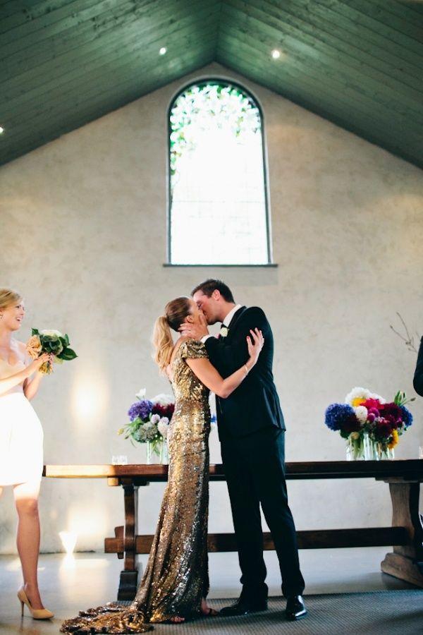 Sequined gold glittery long dress - so glamorous #wedding #weddingdress #bride #gold #glitter