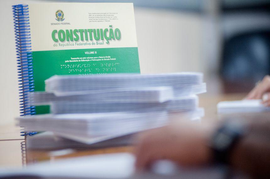 Senado lança versão em braile do Estatuto da Pessoa com Deficiência
