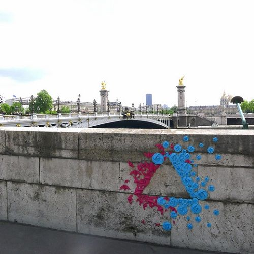 French artist Mademoiselle Maurice has taken the traditional Japanese art of paper folding and given it a modern twist with a street art installation in Paris. 8