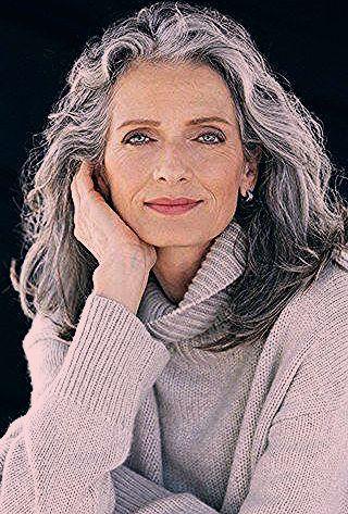 Photo of Grey is the new Black: Die schönsten Frisuren für graue Haare