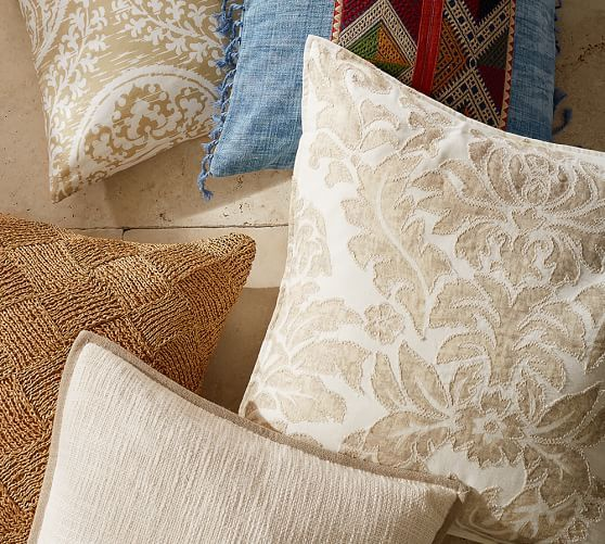 Pin By Gabriele L On Andere Interessante Möbel Und Accessoires In 2021 Hand Embroidered Pillows Embroidered Pillow Covers Embroidered Pillow