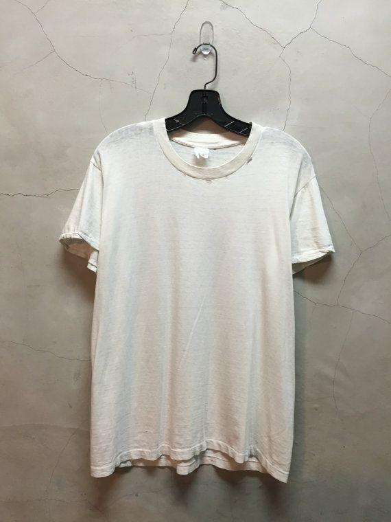 Vintage T Shirt 90s Distressed T Plain Basic White Tee Trashed White Tee Distressed Basic Jumper White T Shirt Shirts Vintage Tshirts White Tees