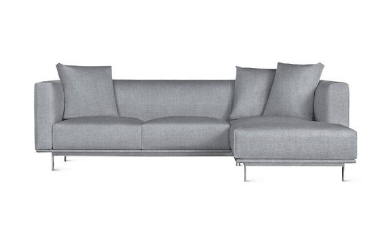 Bilsby Sectional With Chaise Right