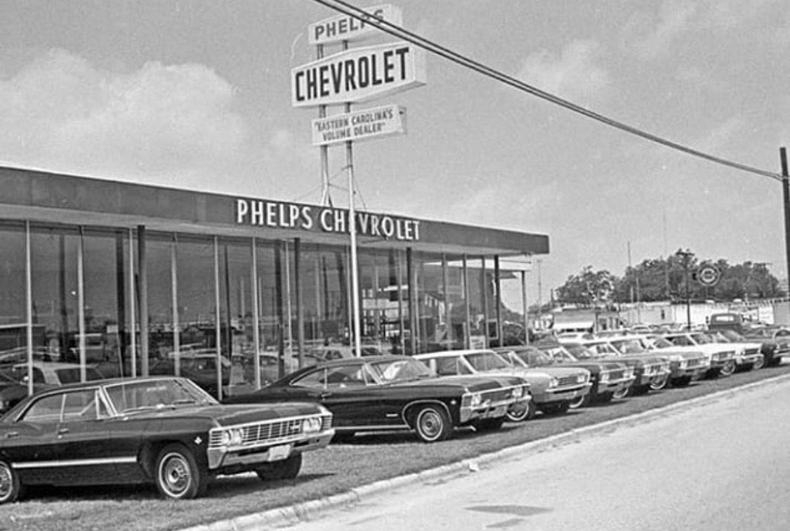 Pin By Jr On Vintage Impala Pictures Chevrolet Dealership Chevy