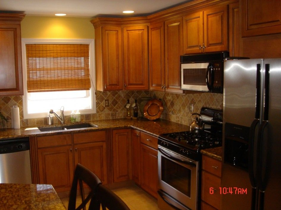 I like the back splash. Kitchen, Paint Colors For A ...