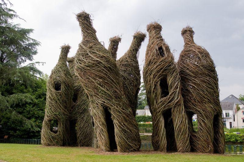 nachhaltige garten kunst skulpturen pflanzen, nachhaltige kunst fängt schönheit der natur und vergänglichkeit ein, Design ideen
