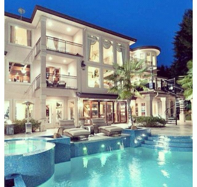 Mansion Houses With Pools: Lord Please Include This Lil House In A List Of My Latent