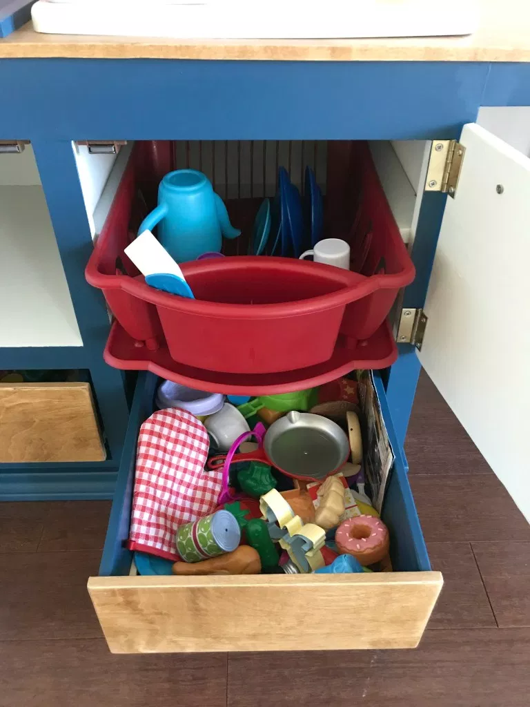 Kids Play Kitchen DIY Woodworking Plan (With images) Diy