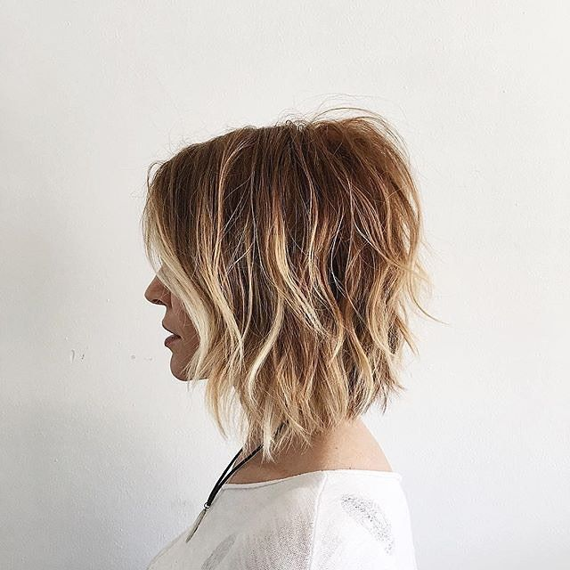 In Short This Style S Here To Stay Take Your Textured Bob From One Season To The Next T3inspo Hair Messy Short Hair Messy Bob Hairstyles Thick Hair Styles