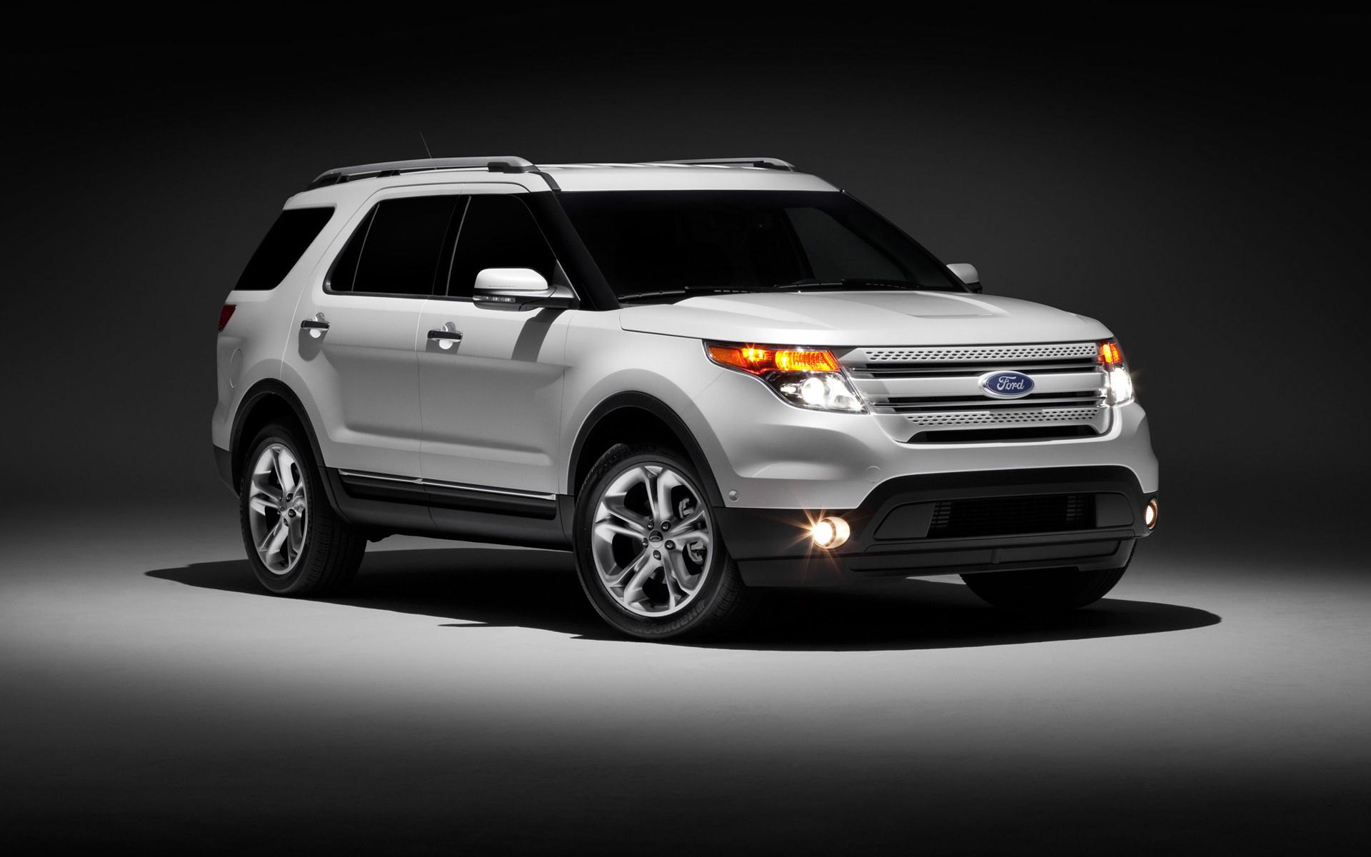 Ford explorer xlt we really need a new suv