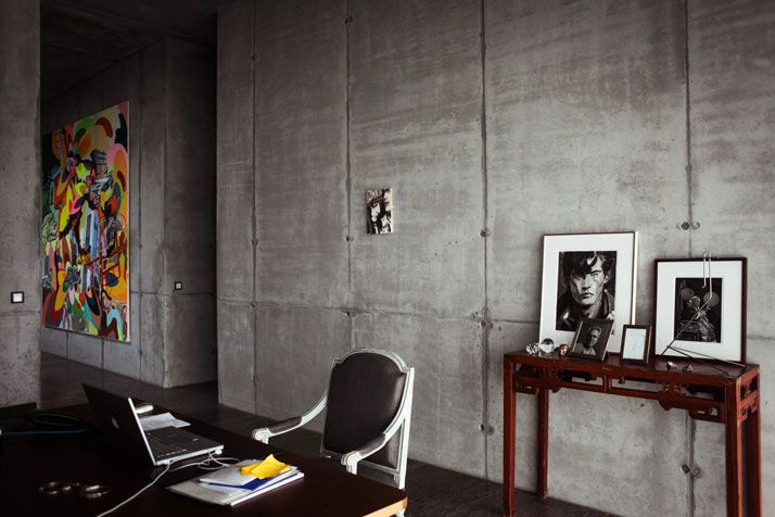 Art Meets ARTchitecture In The Penthouse Of Christian And Karen Boros