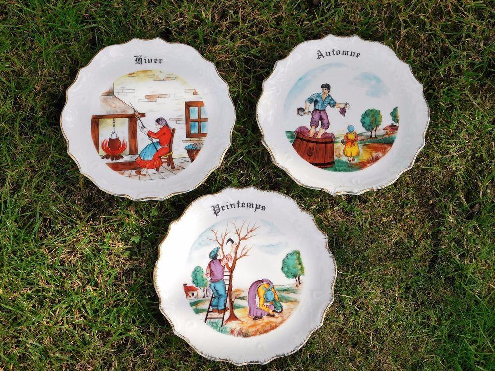3 petites assiettes decoratives saisons et metiers deco retro ...