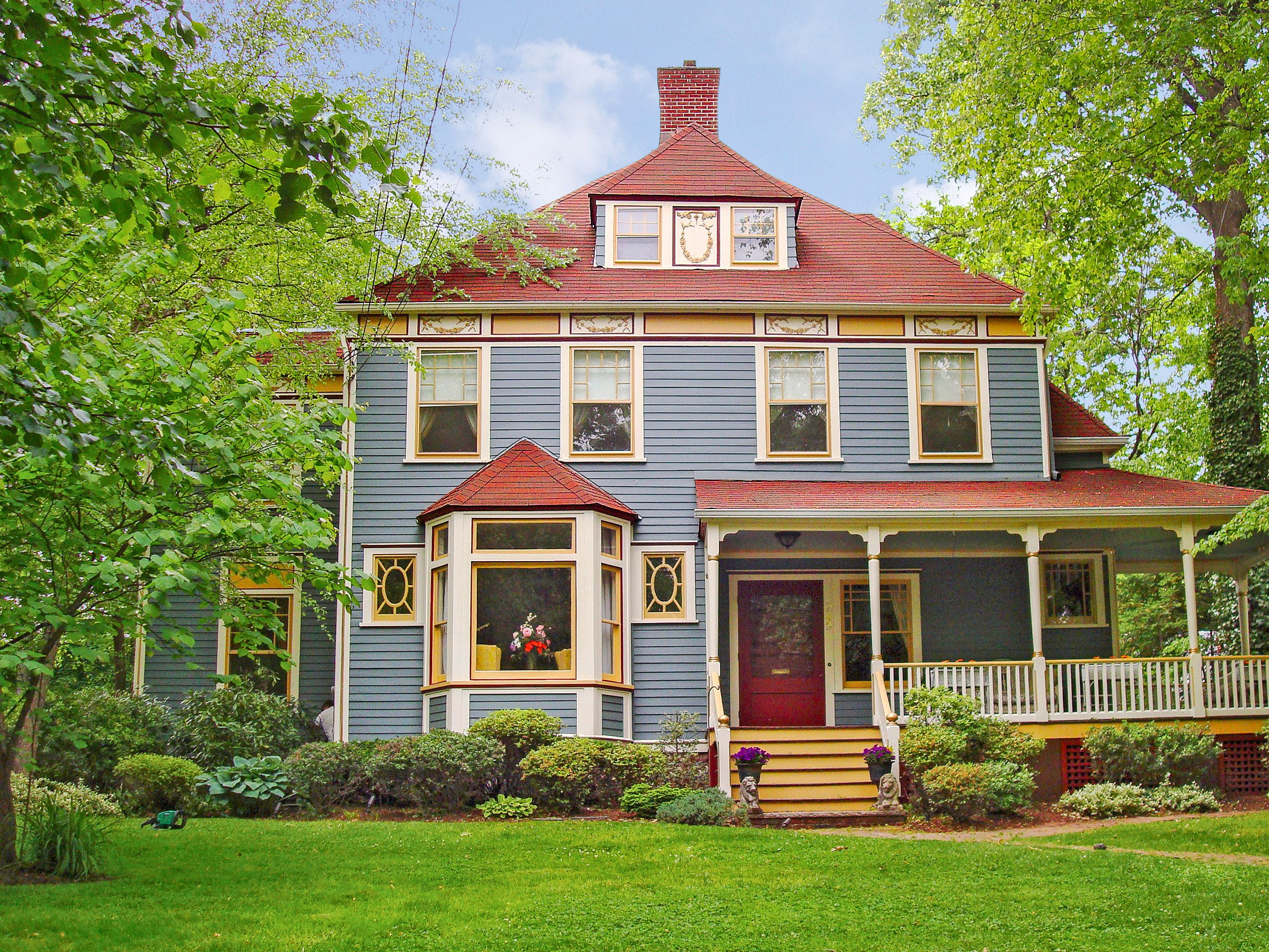 Read This Before You Redo Your Roof | Siding colors, Red roof and ...