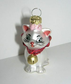 disney aristocats marie cat christmas glass ornament. Black Bedroom Furniture Sets. Home Design Ideas