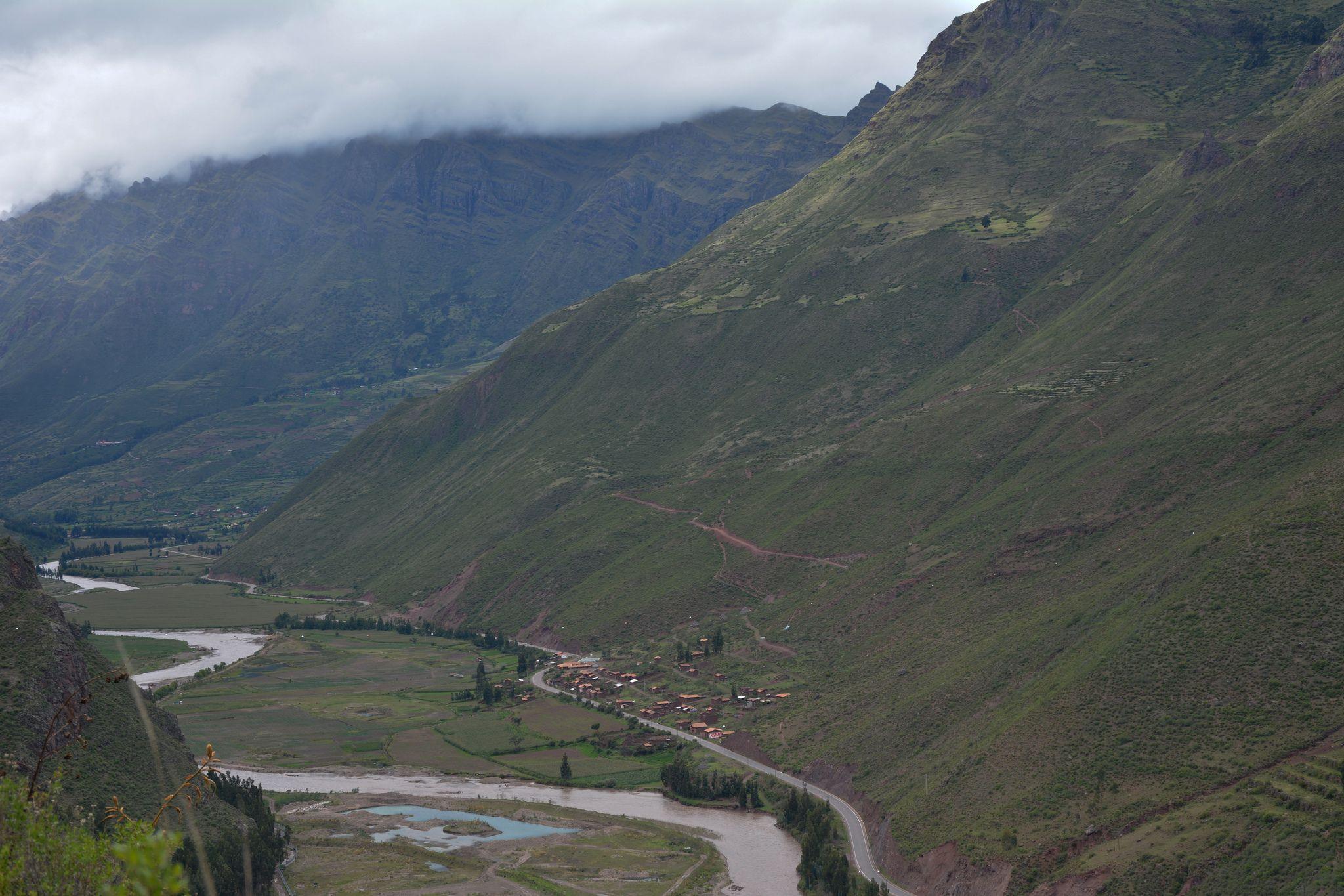 Impresionante valle desde las ruins de Pisac