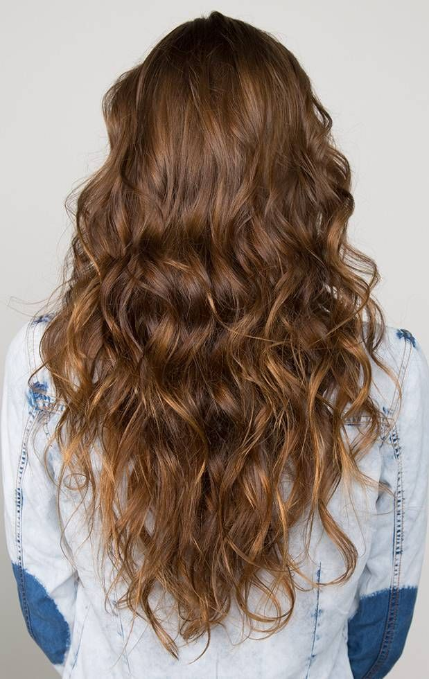 How To Make A Beach Wave Hairstyle For Beach Party Beach Wave Hair Hair Styles Long Hair Styles