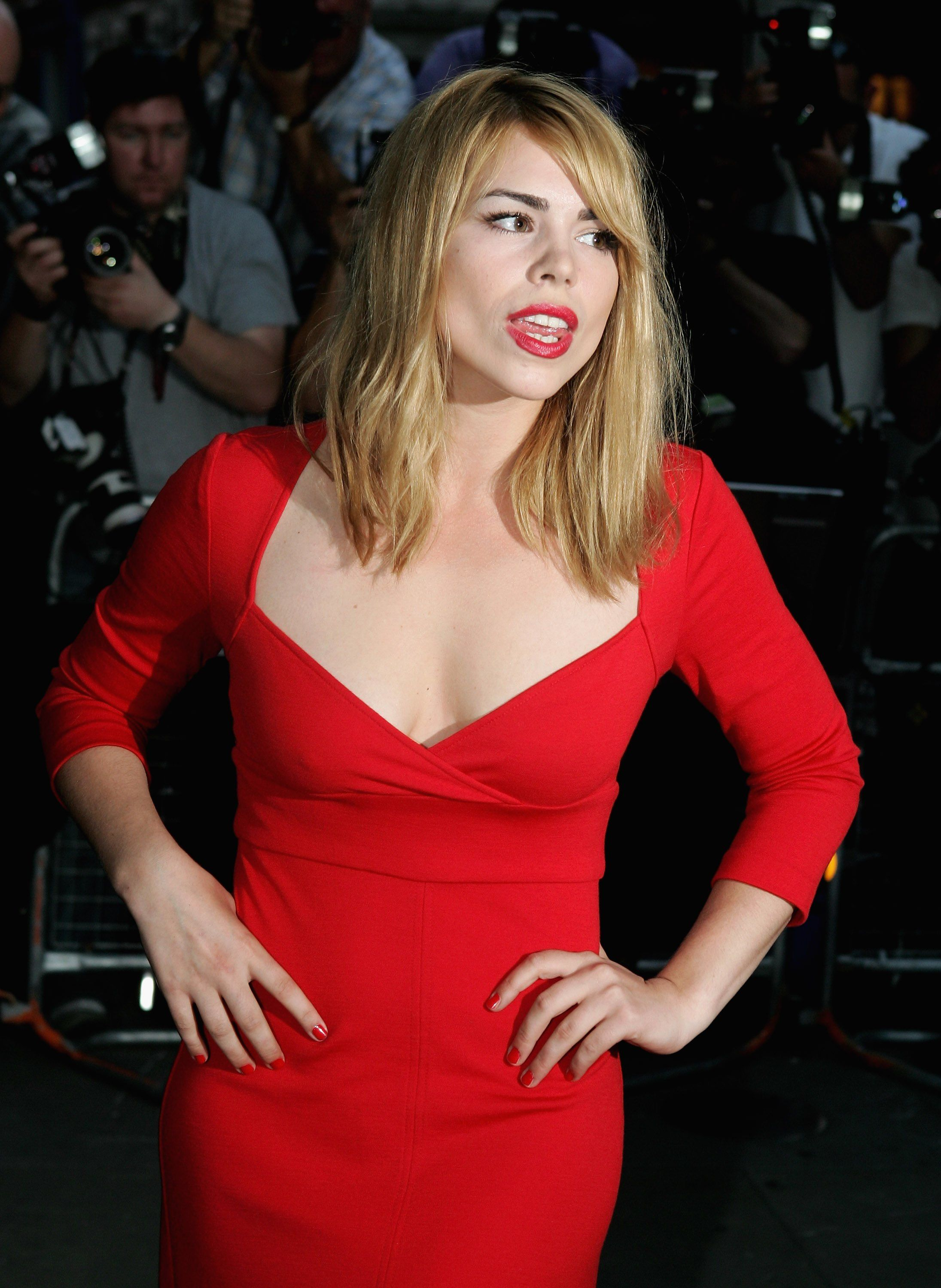billie piper eye brows and red lips Billie piper