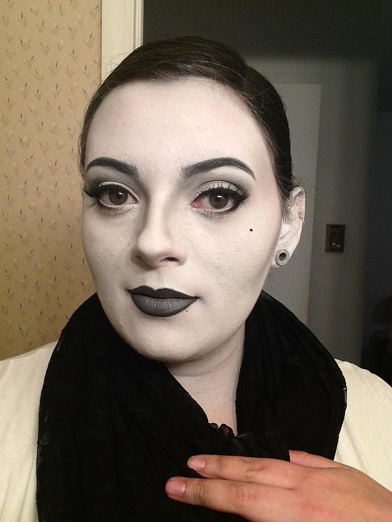 Halloween 2020 Reddit Theater Kids Grayscale Girl | Halloween girl, Halloween costumes for girls