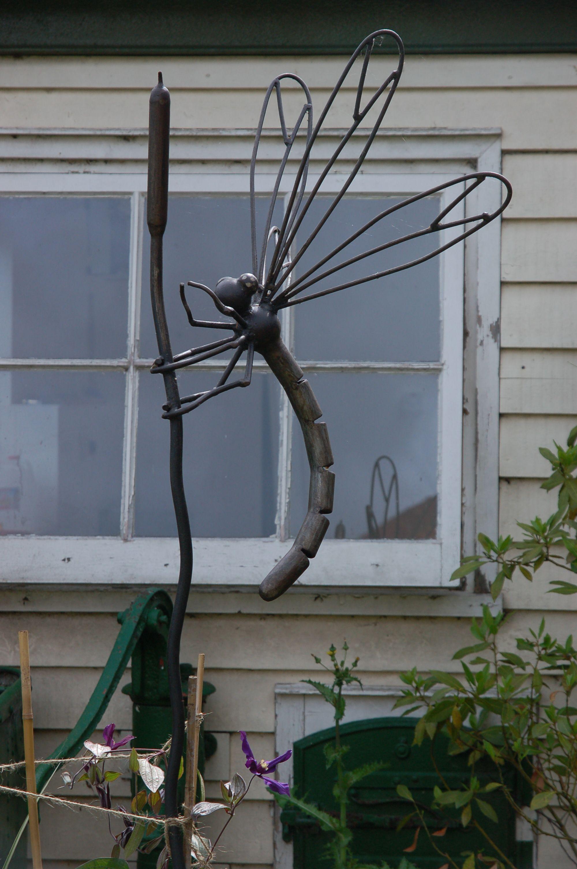 dragonfly sculpture Garden art Pinterest