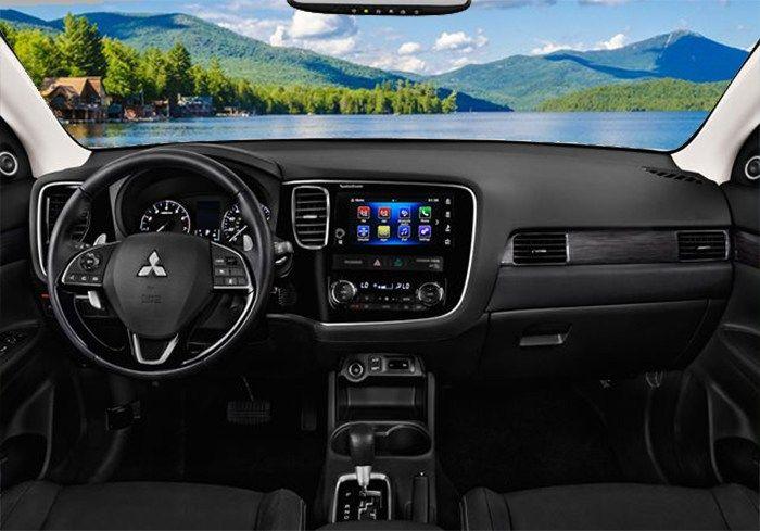 2018 Mitsubishi Outlander Interior Dashboard
