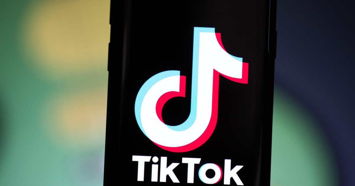 The Tiktok Saga Continues Deal With Oracle And Walmart On Hold In 2021 Cnet Negotiation Video App