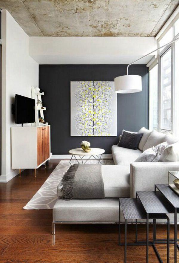 Graue Wand Und Großes Bild Im Wohnzimmer