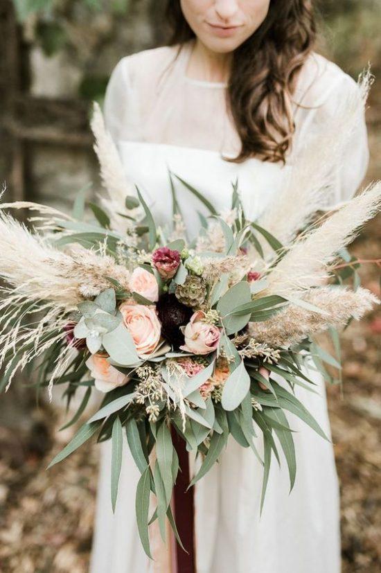 Bukiety Slubne 2020 11 Pieknych Wiazanek Dla Panien Mlodych Vintage Wedding Flowers Flower Bouquet Wedding Wedding Bouquets