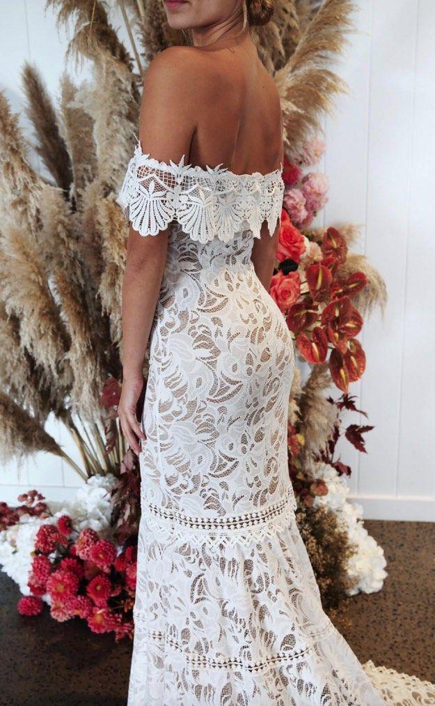 grace-loves-encaje-vestidos-de-novia-28-07082018-km – MODwedding  – Boda
