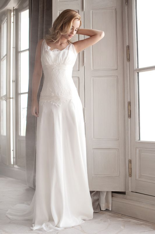Fabienne Alagama - Modèle Victorine. Toute la collection sur www.fabiennealagama.co…   Robe de ...