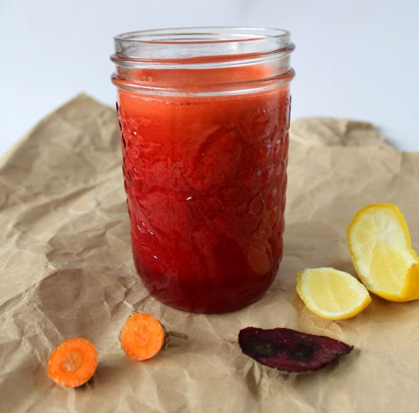 Kicking Carrot Juice « Lost Garden. Sounds good and the bit of beet gives it a pretty color. Ginger gives the kick.