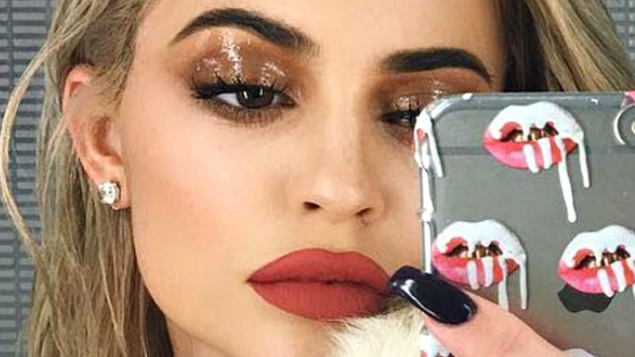 KYLIE JENNER GLOSSY EYES INSPIRED MAKEUP LOOK | Makeup ...