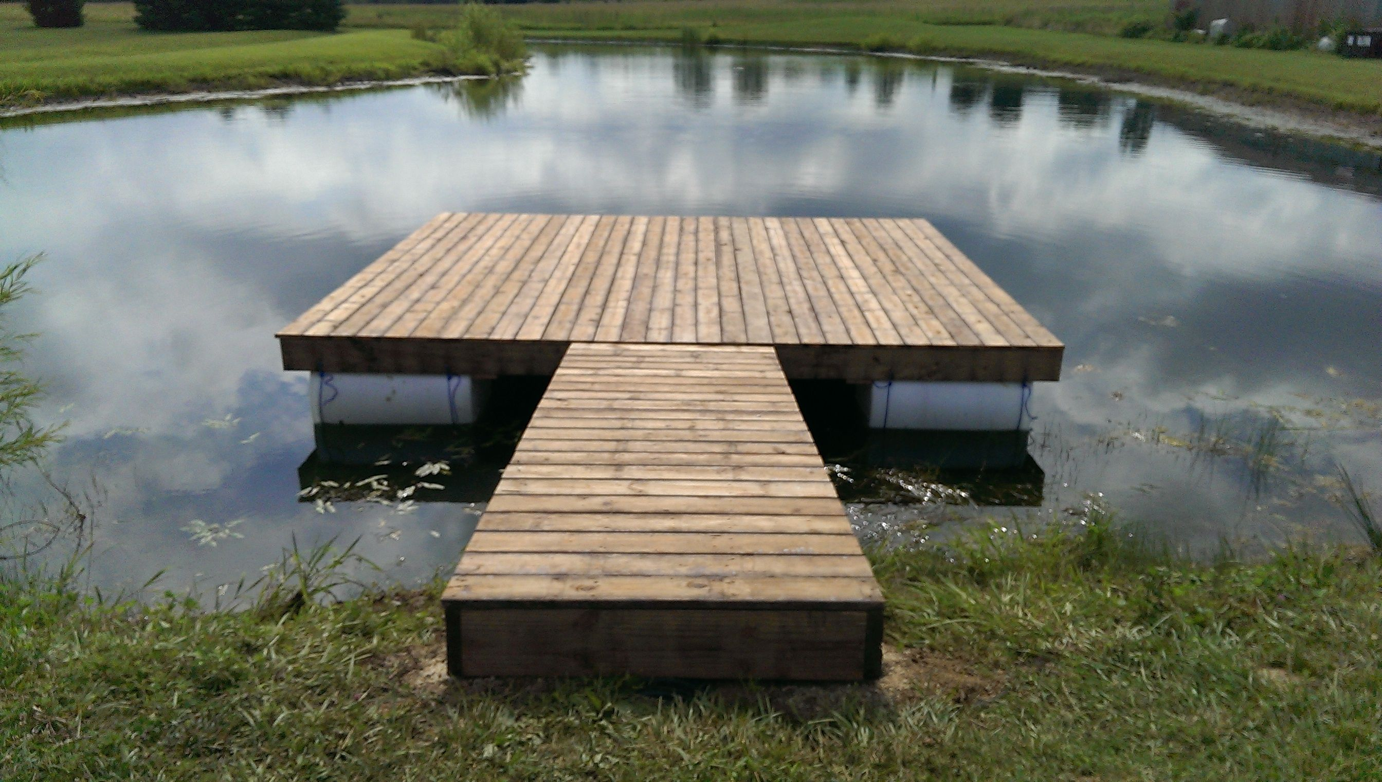 Floating dock completed outdoor cool pinterest for Pond pier plans