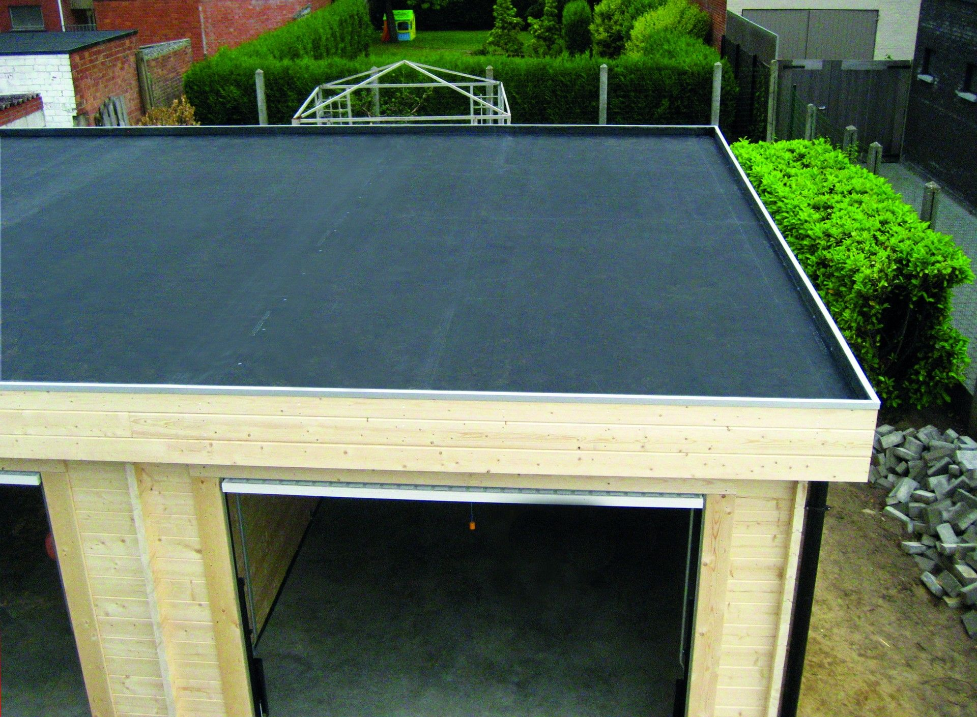The Firestone Rubbercover Epdm Roofing System Is The Ideal Durable Solution For A Multitude Of Small Residential Flat Roofing Ap Epdm Roofing Roofing Garages