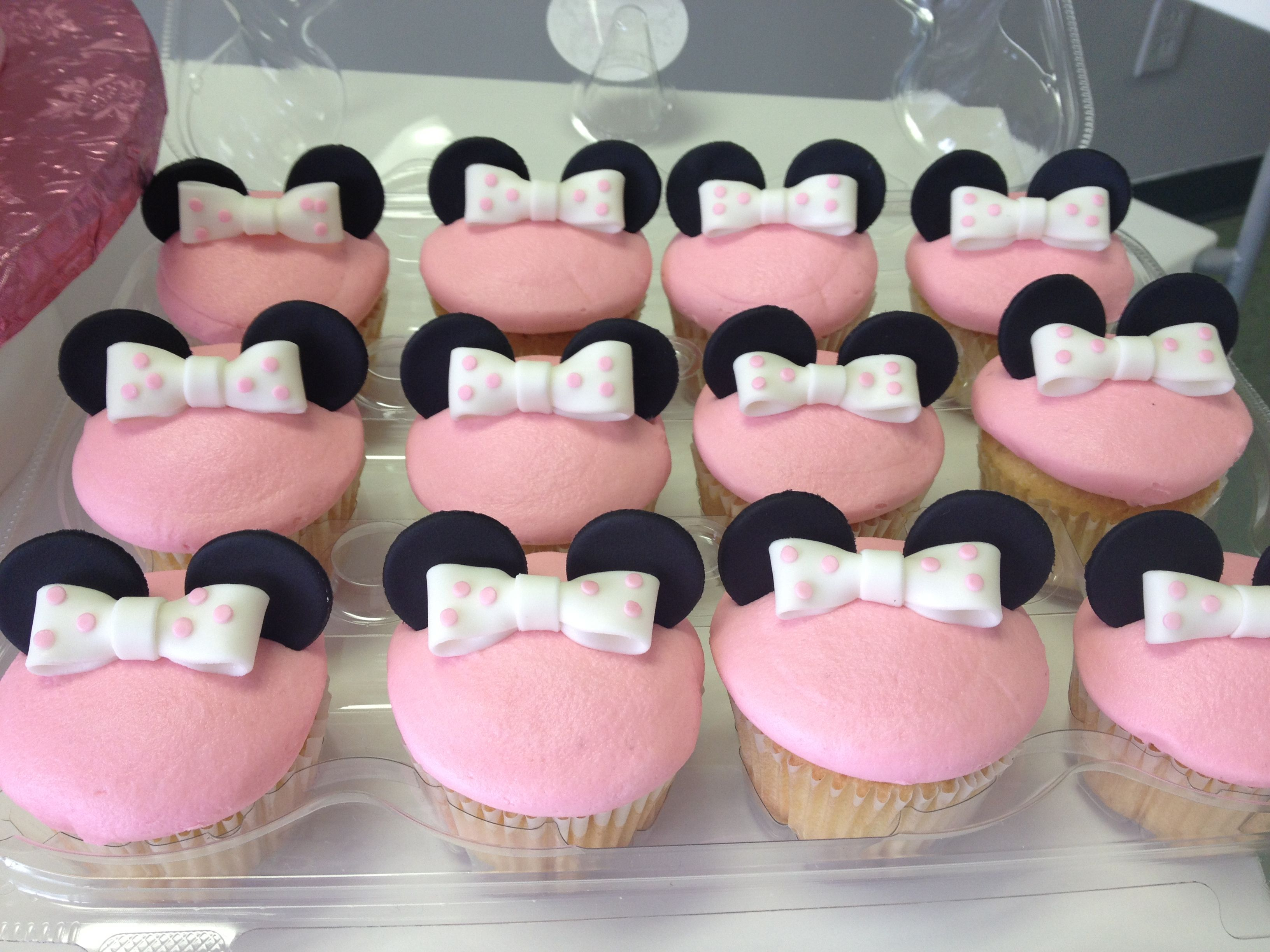 Awesome Red And Black Minnie Mouse Baby Shower and minnie mouse baby ...