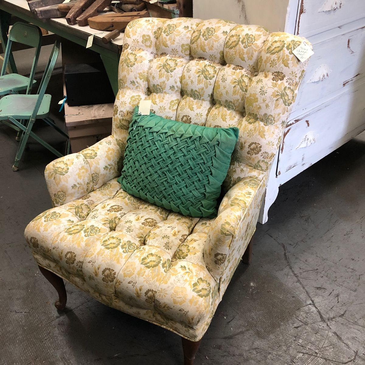 Rainy days = Cozy Chairs ($80 each) #vintagefurniture #vintage #vintagefurnitureforsale #visionsofvintage_ #vintageheartandhome #vintagegreenantiques #vintagegreen #visitgrandhaven #centertowngh