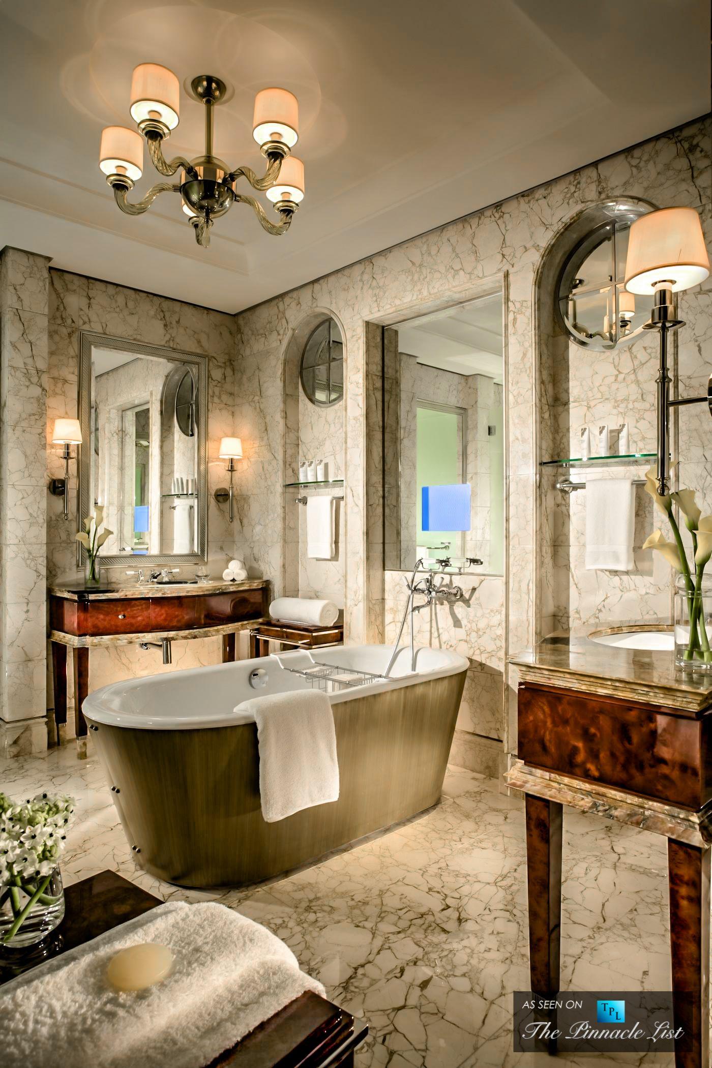 Exotic Hotel Rooms: St. Regis Luxury Hotel