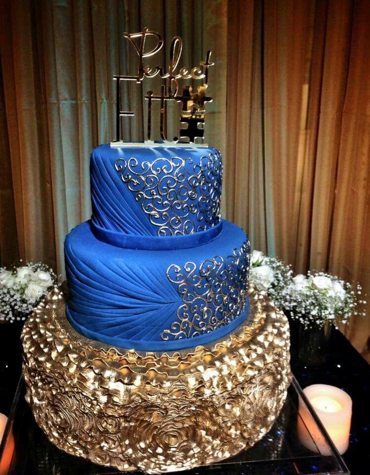 Royal blue and gold cake Royal blue cake, Royal cakes