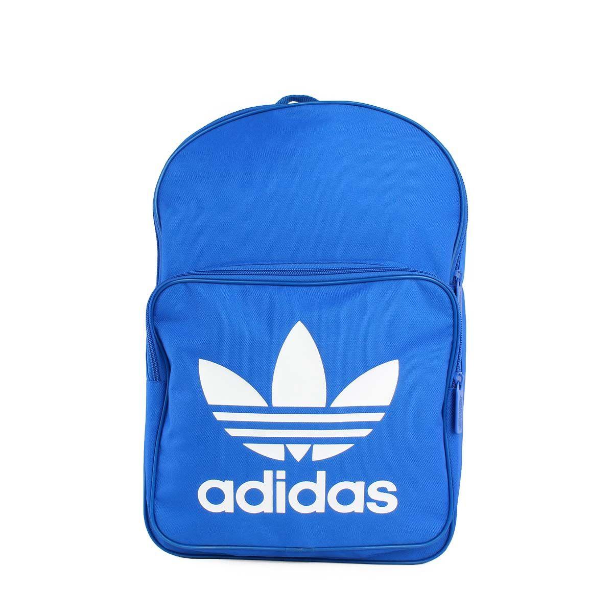 a82bb89813 Adidas Classic Trefoil Backpack μπλε.  sneakerstown  adidas  adidasoriginals   adidasclassic  classic  adidastrefoil  trefoil  backpack  fashion   streetwear ...