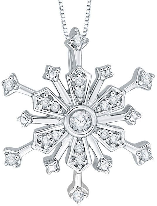1 10 Ct T W Diamond Layered Snowflake Pendant In 10k White Gold Zales In 2020 Snowflake Pendant Pendant White Gold
