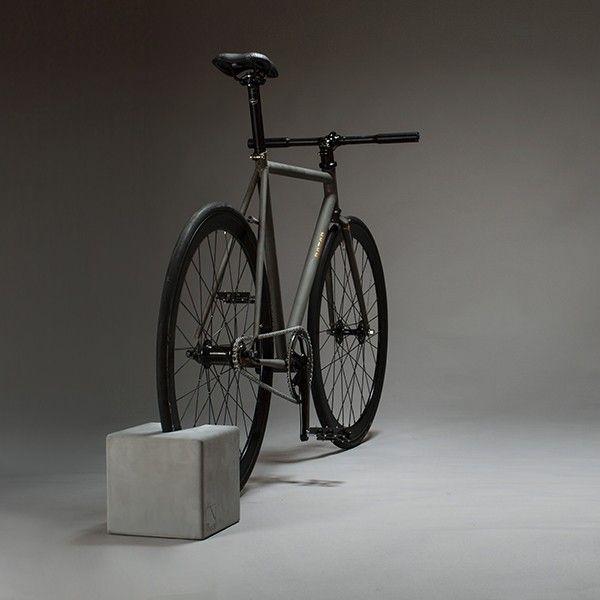 Fahrradständer Wohnung fahrradhalterung fahrradständer bikeblock beton fahrradhalter