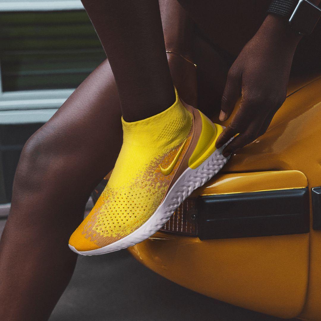 8749fd77b057 Nike Rise React Flyknit LMTD Shoe Size 9.5 (Sonic Yellow)