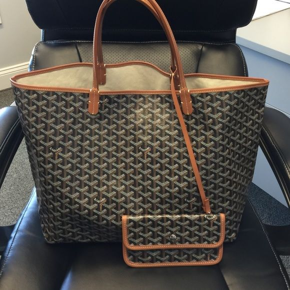 53103df6b3 Goyard St. Louis GM. Tan Black. Like New Used a handful of times. Comes  with attached wallet