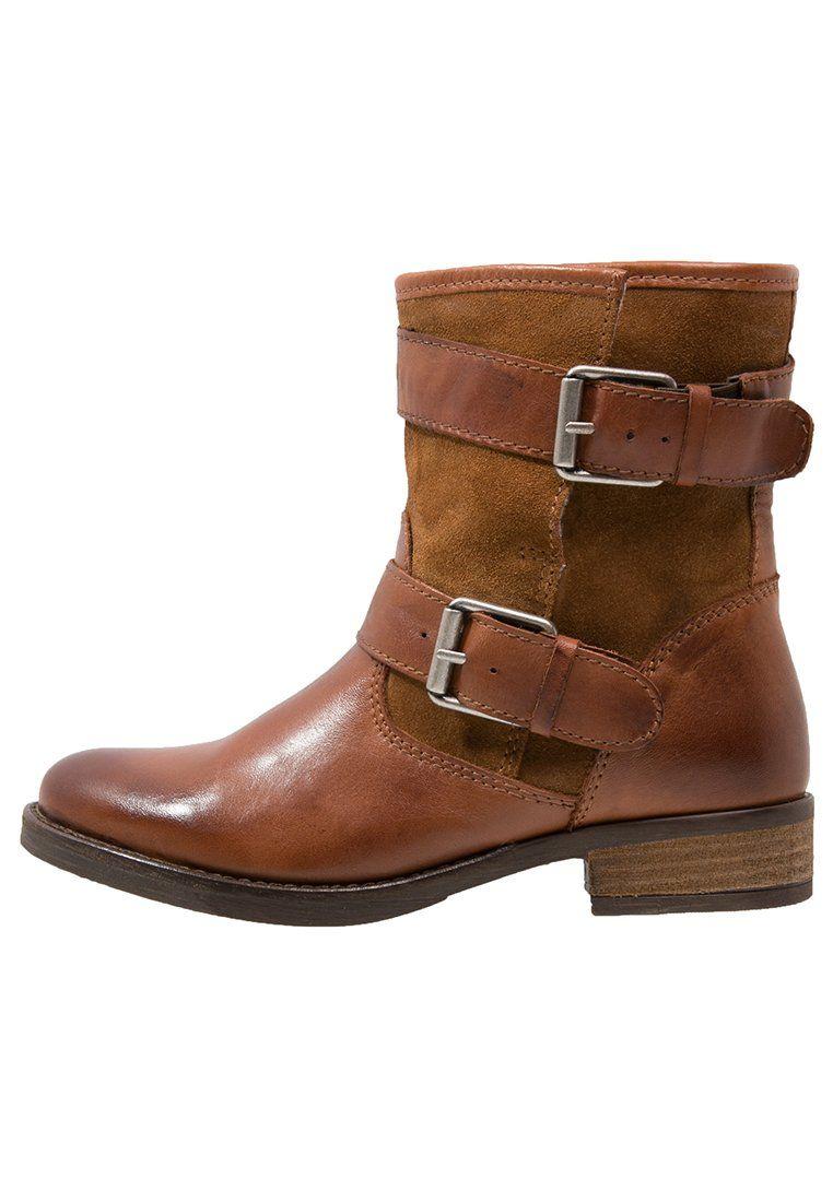 Ihanat konjakinväriset kengät syksyyn.