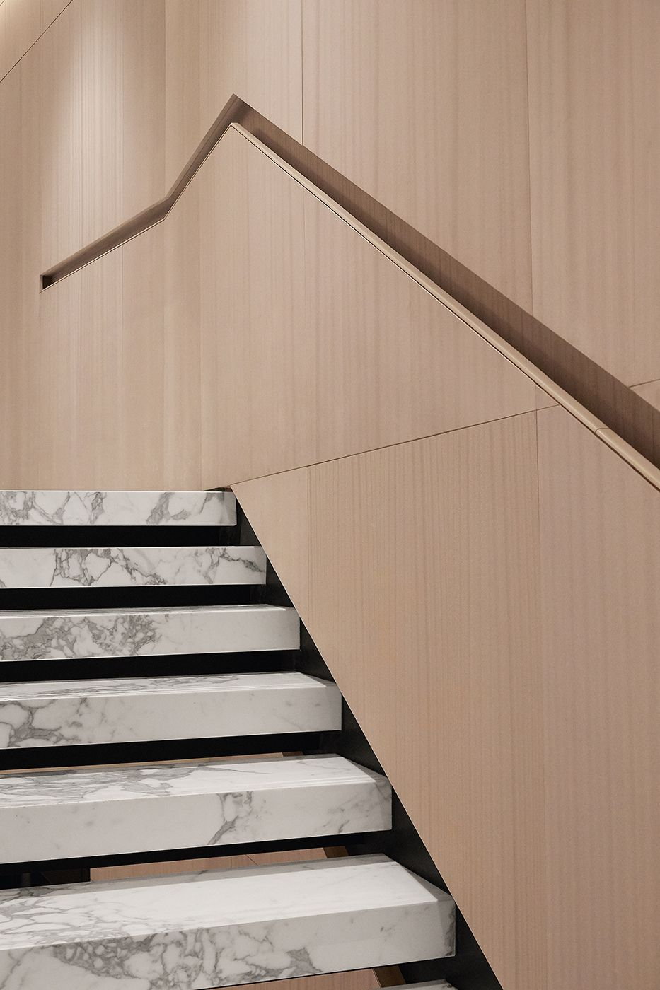 Best The William Vale Marble Stairs Stairs Design Modern Stairs 400 x 300
