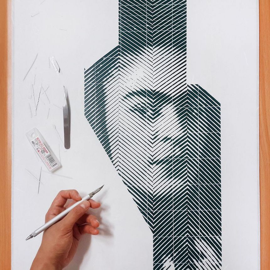 Artist hand-cuts paper to create hyperrealistic portraits of famous ...