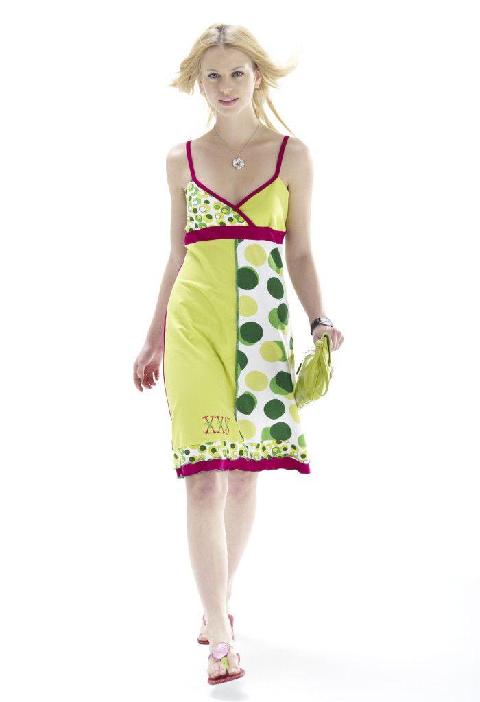 instrucciones de costura para un vestido con una overlock patrón ...