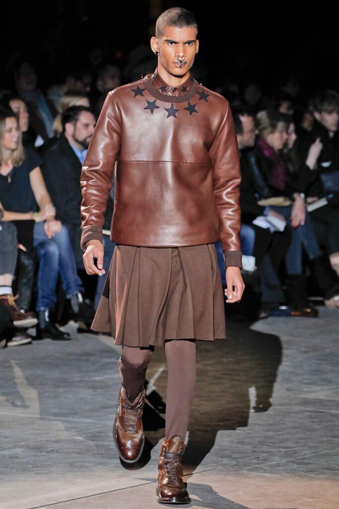 ccbe2a91469c1b La jupe pour homme (2) ... Comment l idée de la jupe a germé dans ...