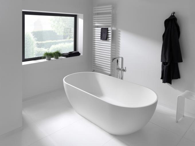 Nomina vrijstaand bad - X2O De voordeligste badkamer specialist ...