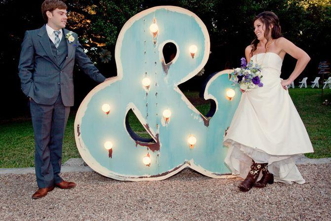 Bride '&' Groom, loving the lit up GIANT Ampersand.