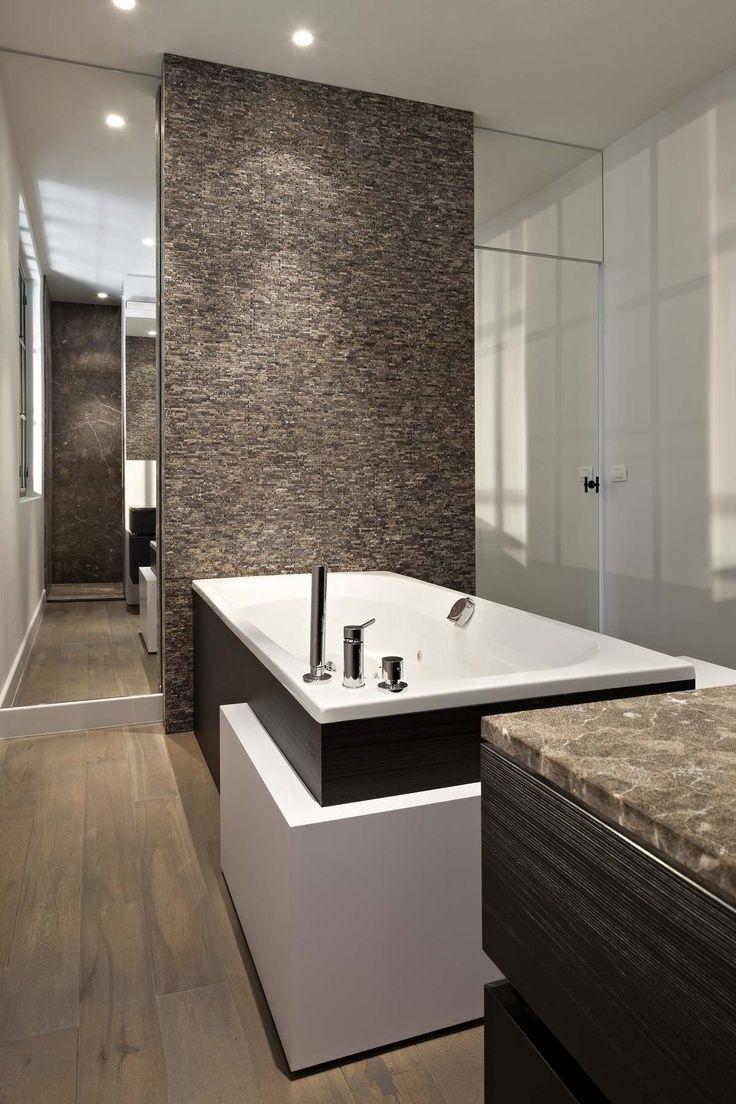 Badkamers zijn er in alle soorten maten, maar hoe deel je hem mooi ...